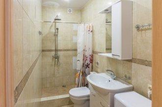מקלחת 2